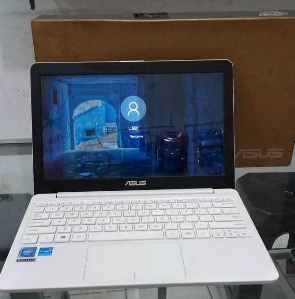 Jual Notebook Asus E203NAH
