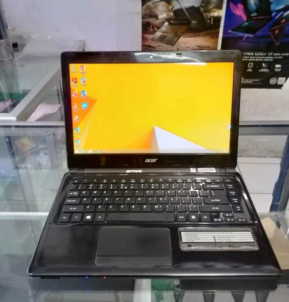 Jual Acer Aspire E1-410