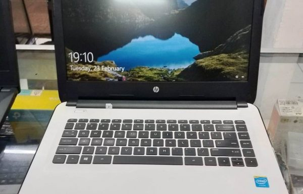 Laptop HP 14-AC002TU Intel Celeron N3050 4GB/500GB