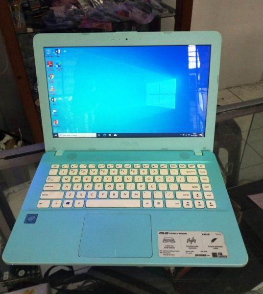 JUal Laptop Asus X441S di Net Computer Depok